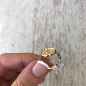 Jewelry - Gold Compass Ring Size 7